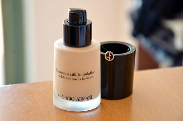 �ล�าร���หารู��า�สำหรั� Giorgio Armani Luminous Silk Foundation