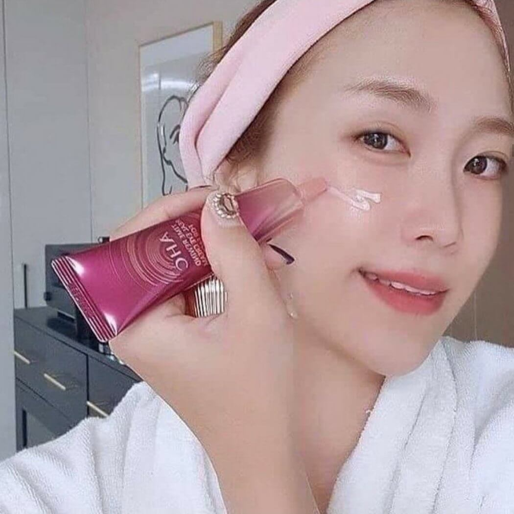 AHC,AHC Time Rewind Real Eye Cream For Face,AHC Time Rewind Real Eye Cream For Face ราคา,AHC Time Rewind Real Eye Cream For Face รีวิว,AHC Time Rewind Real Eye Cream For Face pantip,AHC Time Rewind Real Eye Cream For Face jeban,AHC Time Rewind Real Eye Cream For Face ใช้ดีไหม