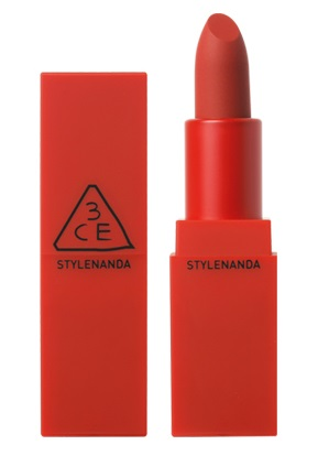 RED RECIPE Matte Lip Color #214 Squeezing ลิปสติคที่สาวๆคนไหนก็พลิกโลกตามหา !! แมทท์แน่นไปกับริมฝีปาก สวยสดจับใจ