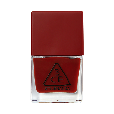 RED RECIPE Long Lasting Nail Lacquer #RD09 10 ml. ยาทาเล็บสีพิเศษที่สร้างความสวยงามให้ปลายนิ้วคุณ เหมาะกับทุกสีผิวให้นิ้วชวนมองน่าสัมผัส เฉดที่หาจากแบรนด์อื่นไม่ได้! คุณไม่ควรพลาด!