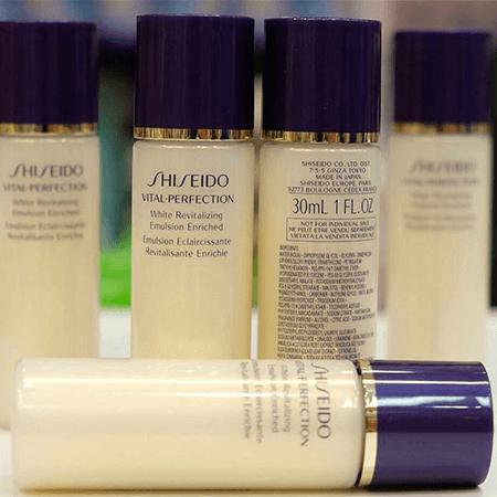 �ล�าร���หารู��า�สำหรั� shiseido Vital Perfection White Revitalizing Emulsion Enriched 30ml